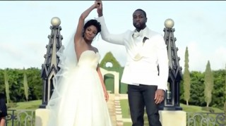 Gabrielle Union and Dwyane Wade perform wedding hdandshake