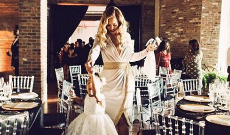 Beyonce and Blue Ivy dancing at wedding