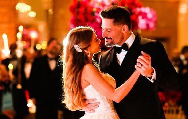 Sofia Vergara and Joe Manganiello dancing at their wedding