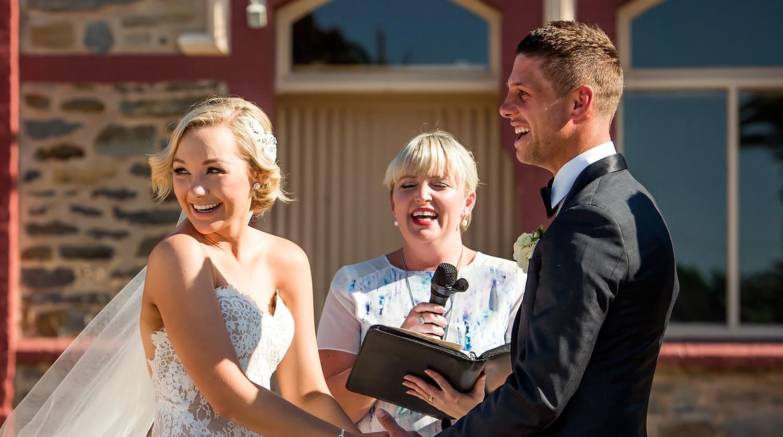 Hannah Leinert and Benny Leinert's son Hudson interrupts their wedding ceremony