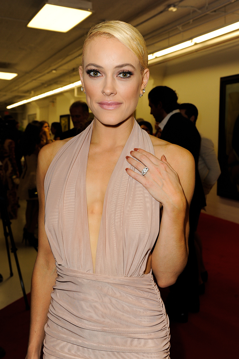 Peta Murgatroyd showing off engagement ring