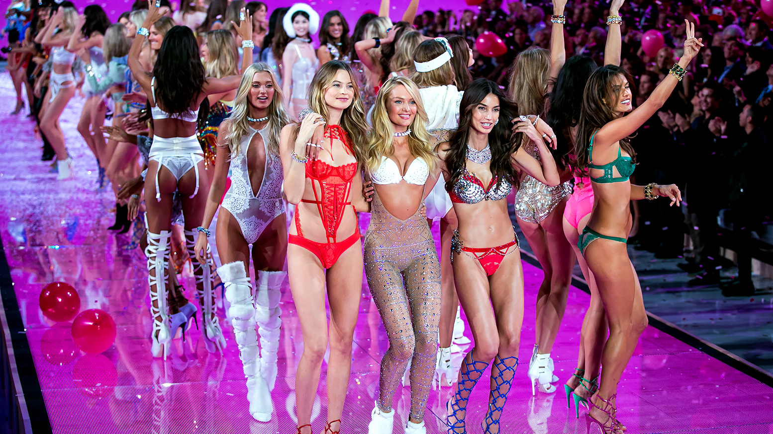 Victoria S Secret Fashion Show 6 Honeymoon Lingerie Styles