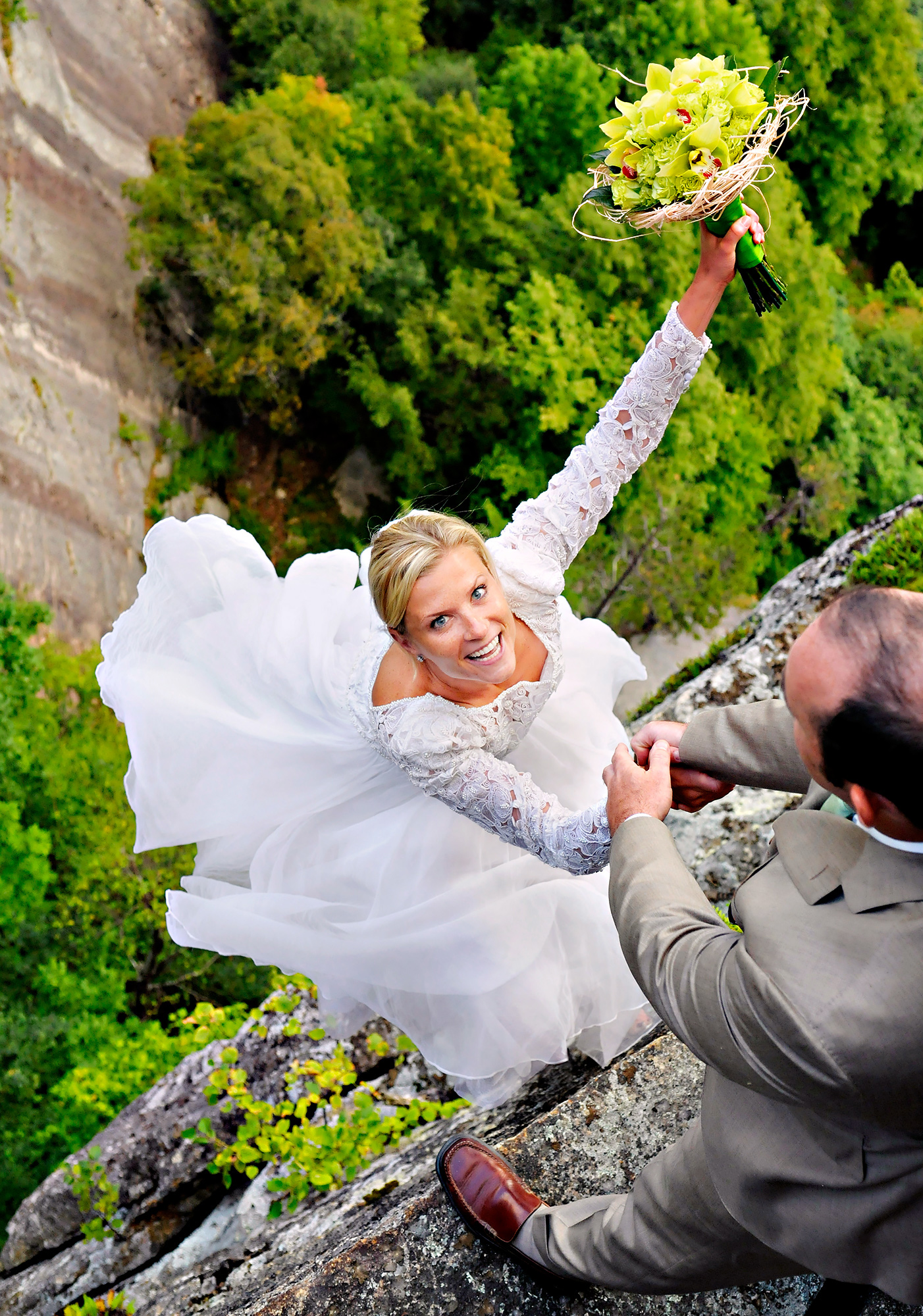 Bride And Groom Christie Sulkoski Kevin Coleman On The White Mountains Of New Hampshire