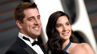 Aaron Rodgers and Olivia Munn are not engaged
