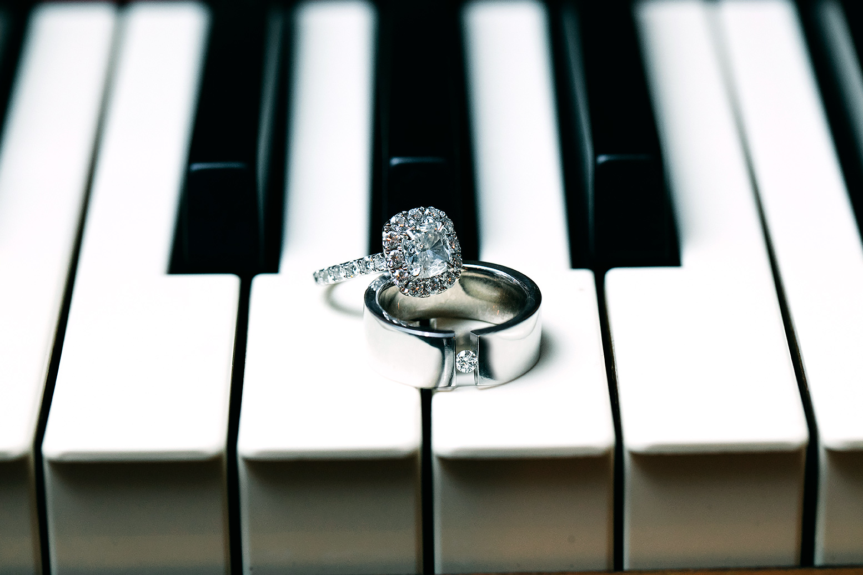 Colton Dixon wedding rings