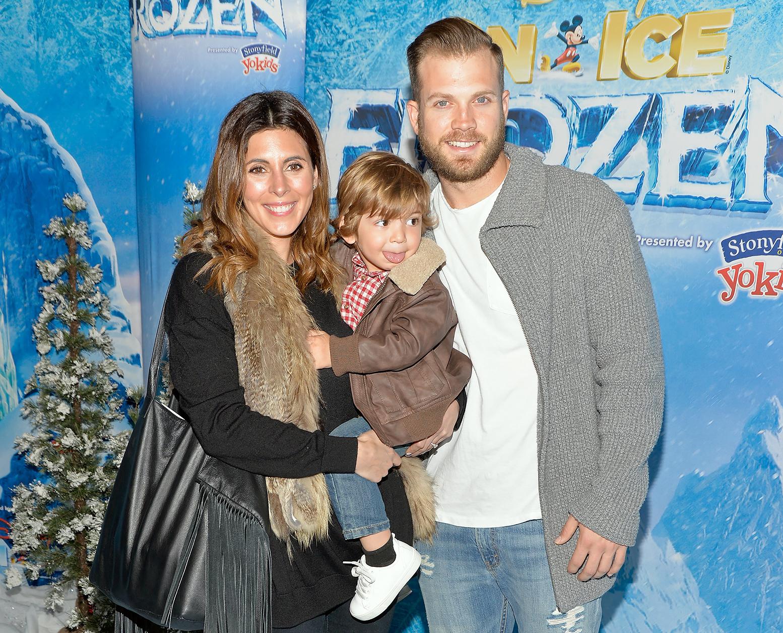 Jamie-Lynn Sigler and Cutter Dykstra with son Beau