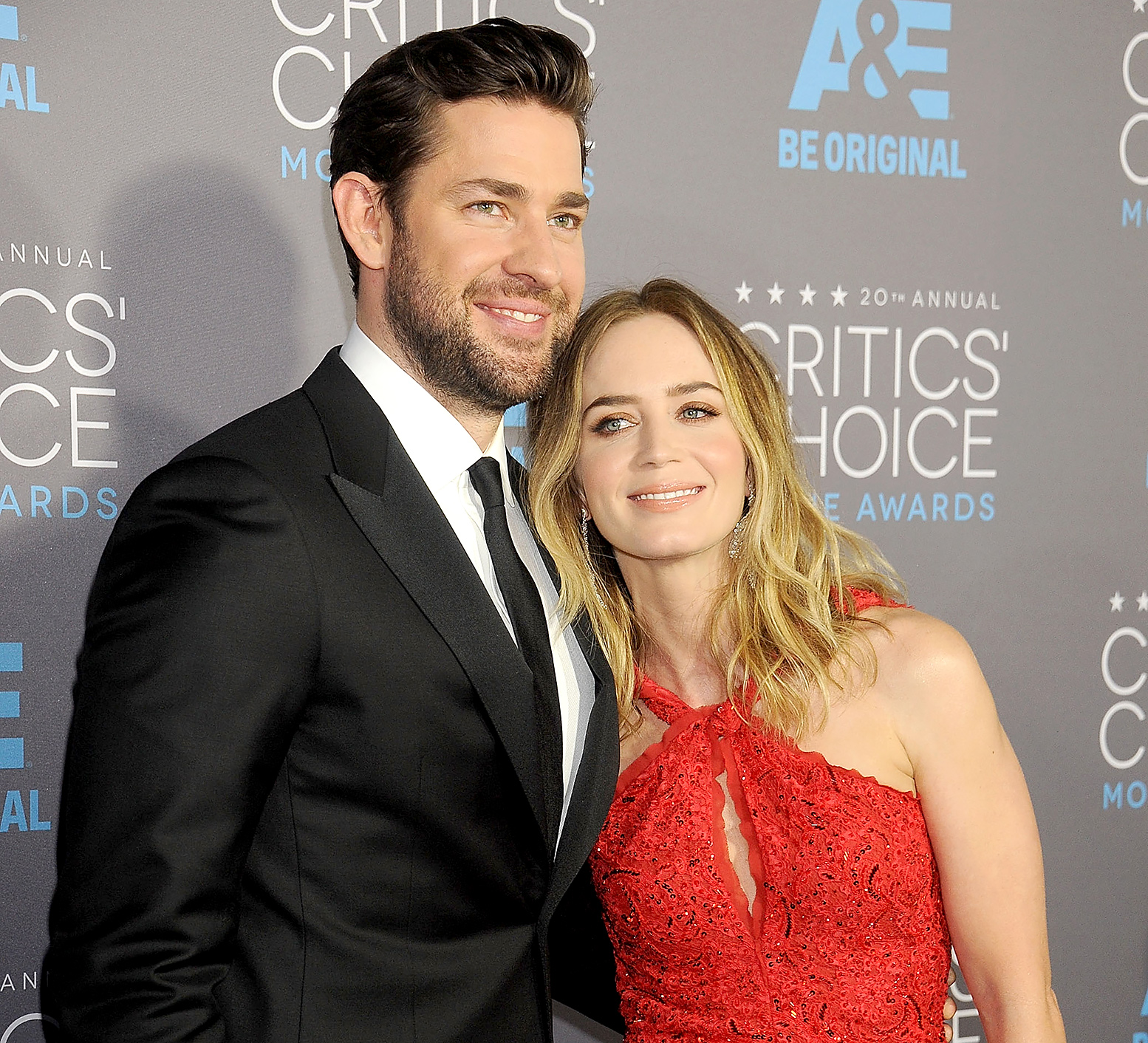 John Krasinski Emily Blunt Wedding.John Krasinski Talks Honeymoon Jennifer Aniston S Wedding