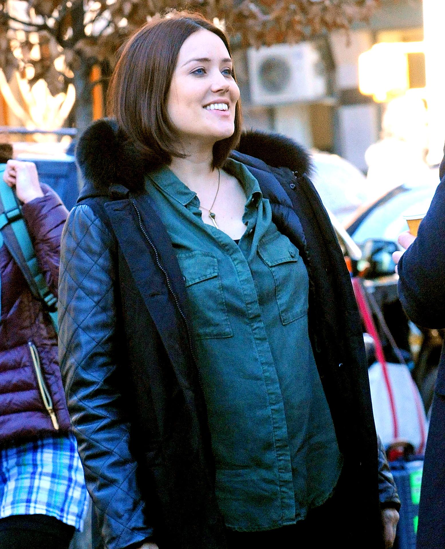 Megan Boone pregnant on Blacklist set