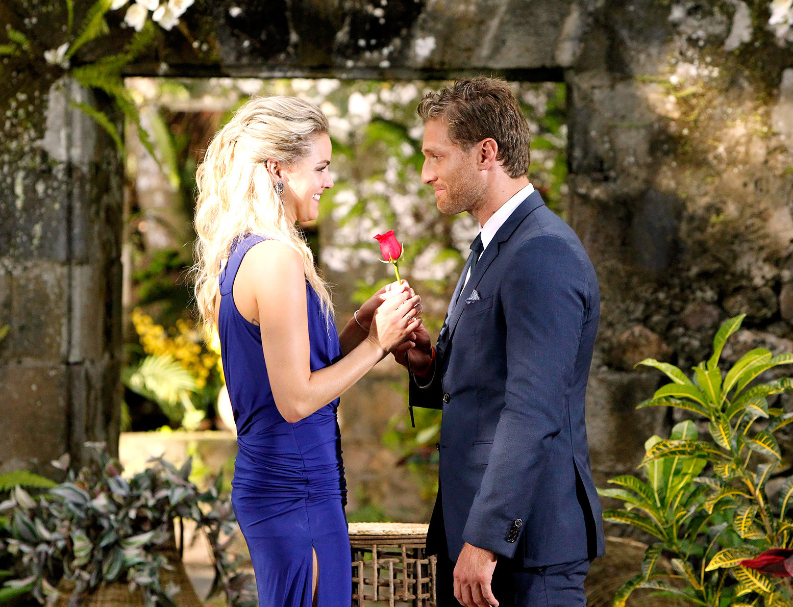 Juan Pablo Galavis proposed to Nikki Ferrell on 'The Bachelor' finale