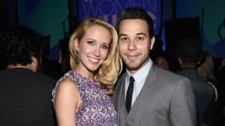 Anna Camp and fiance Sylar Astin