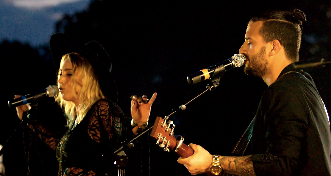 BC Jean and Mark Ballas perform at the Duck Dynasty Wedding