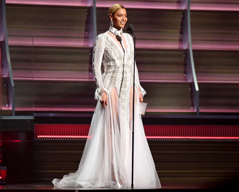 Beyonce Wore Wedding Dress to Grammys: Designer Details!