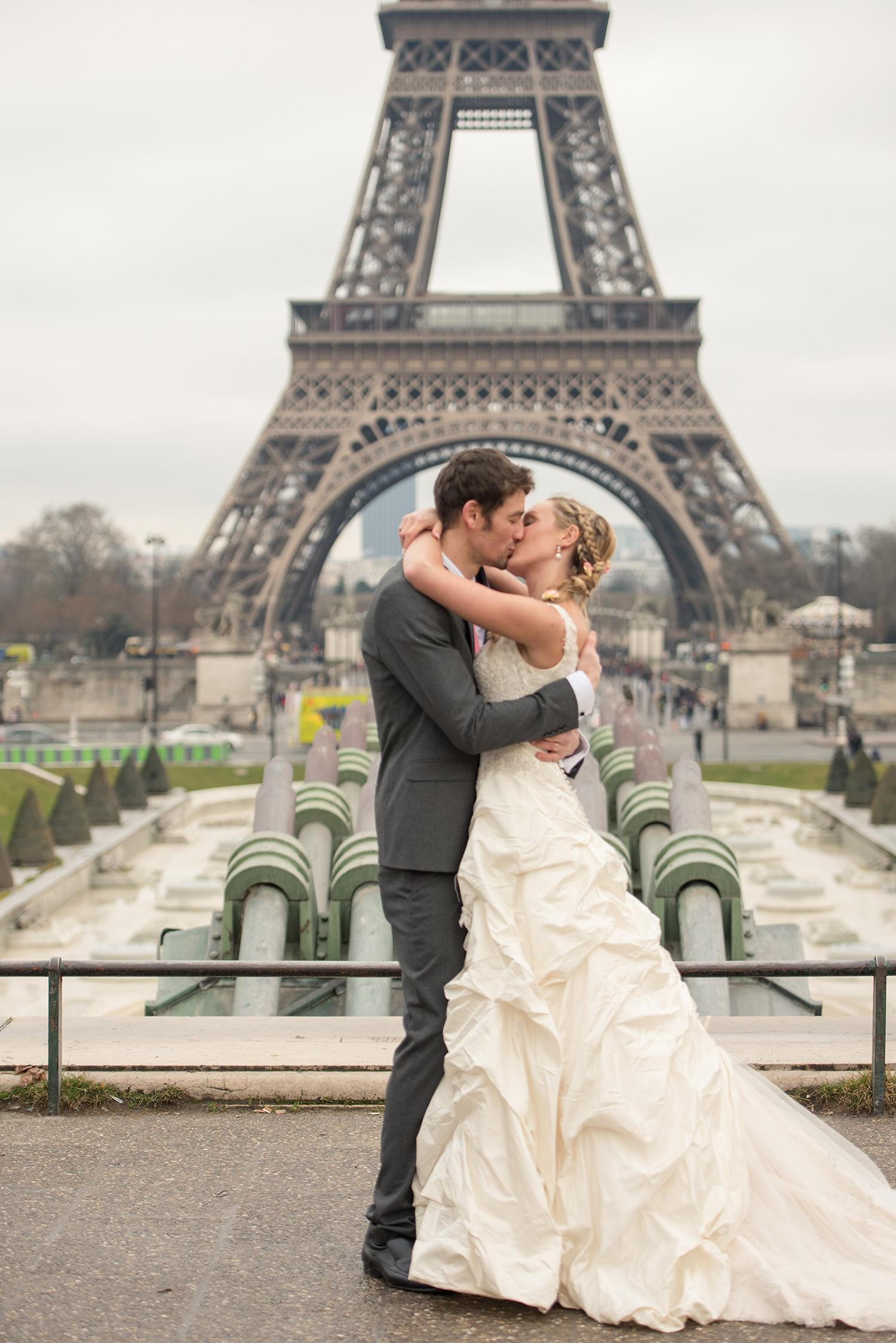 Amelia and Brett's Paris wedding