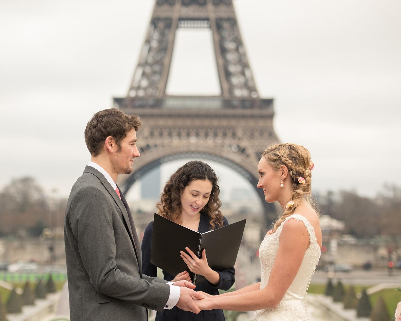 Amelia and Brett's wedding in Paris