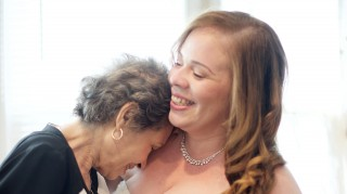 Bride with her mom battling cancer