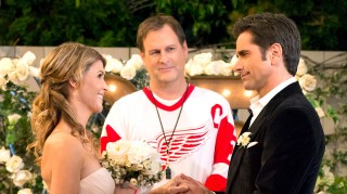 Fuller House season finale vow renewal