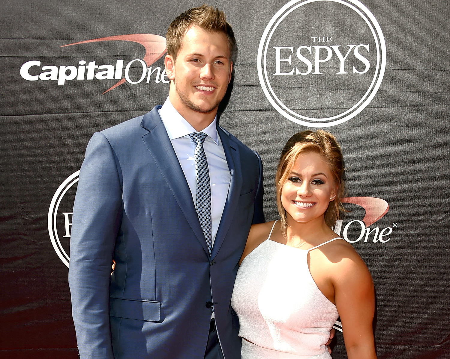 Olympian Shawn Johnson Marries Nfl Player Andrew East