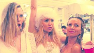 Kate Hudson has a wedding-themed birthday party