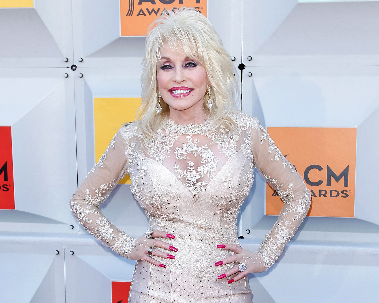 Dolly Parton: Dolly Parton, Husband Carl Dean 'Proud' Of 50-Year Marriage
