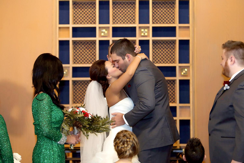 arrangeds david and taylors quotperfectquot wedding photos