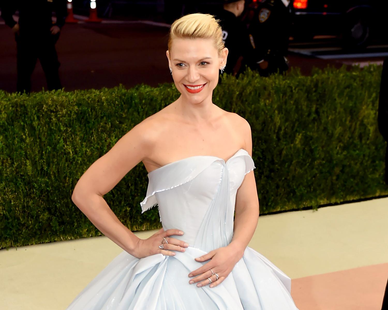 Claire Danes Channels Cinderella In Light Up Met Gala Dress