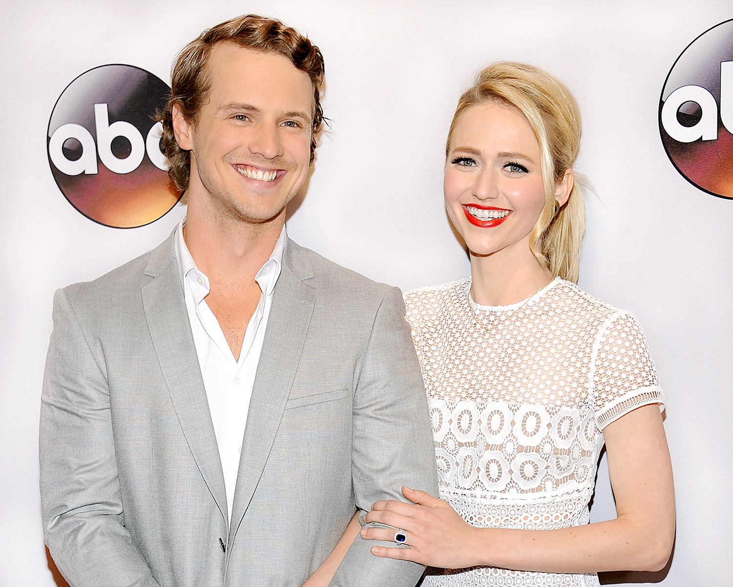 UnREAL costars Freddie Stroma and Johanna Braddy engaged