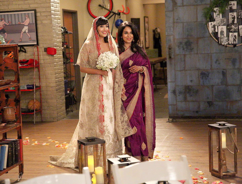 new girls cece and schmidt wedding photos first look