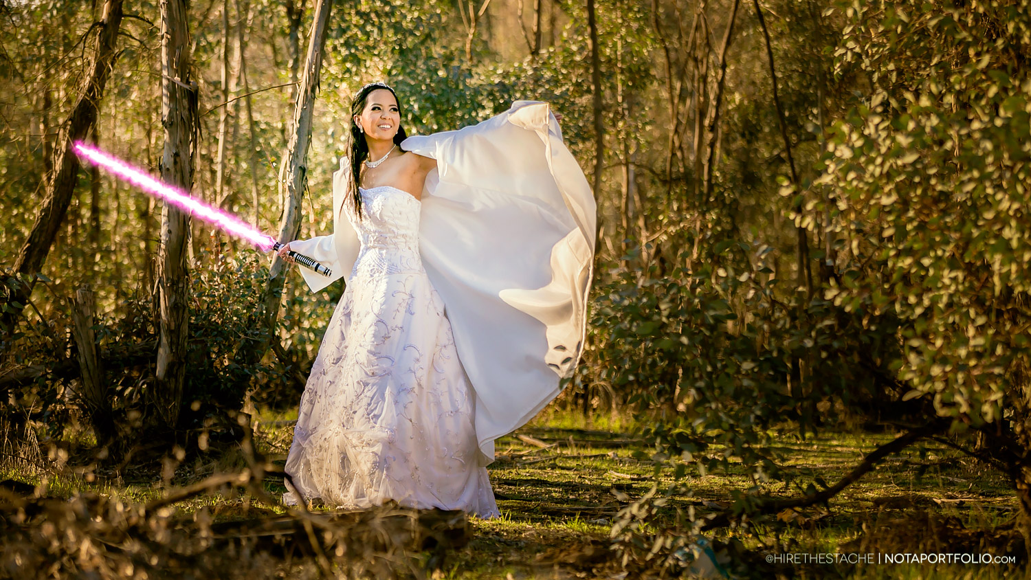 Star Wars Wedding on $5,000 Budget Features Lightsabers