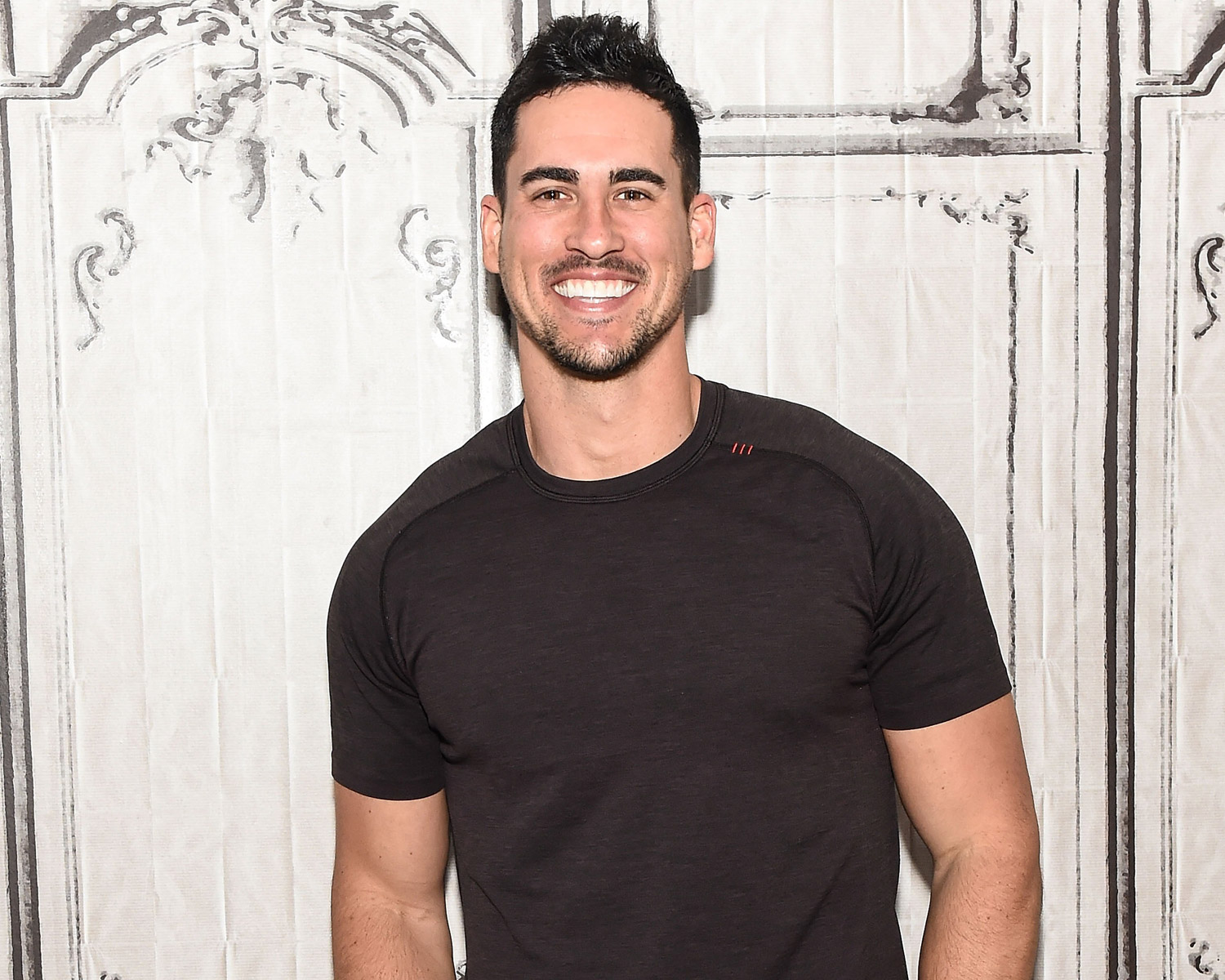 Bachelorette Josh Murray Famously Single