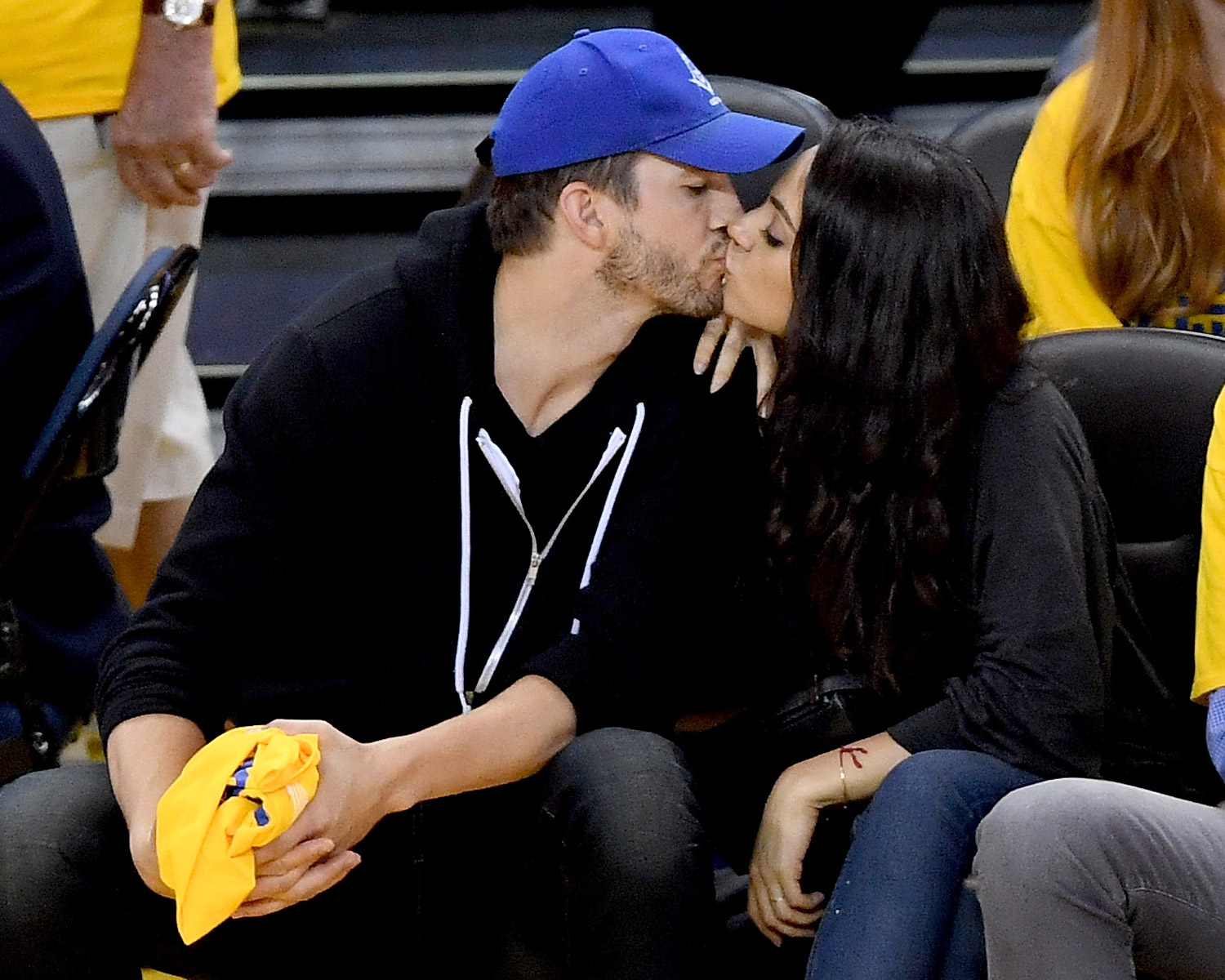 Ashton Mila Kutcher Kunis NBA Finals