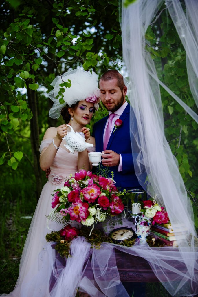 Alice in Wonderland Wedding Photos: \