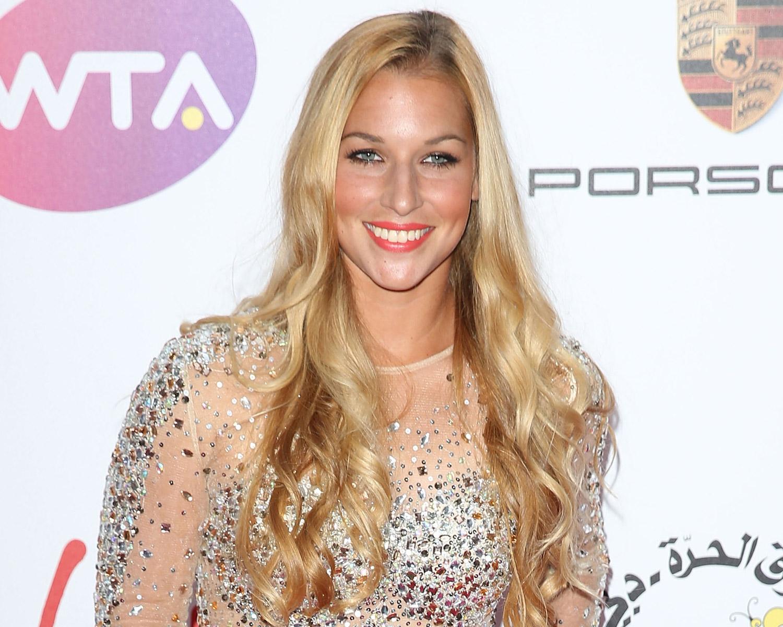 Wimbledon Nearly Postponed This Tennis Player S Wedding