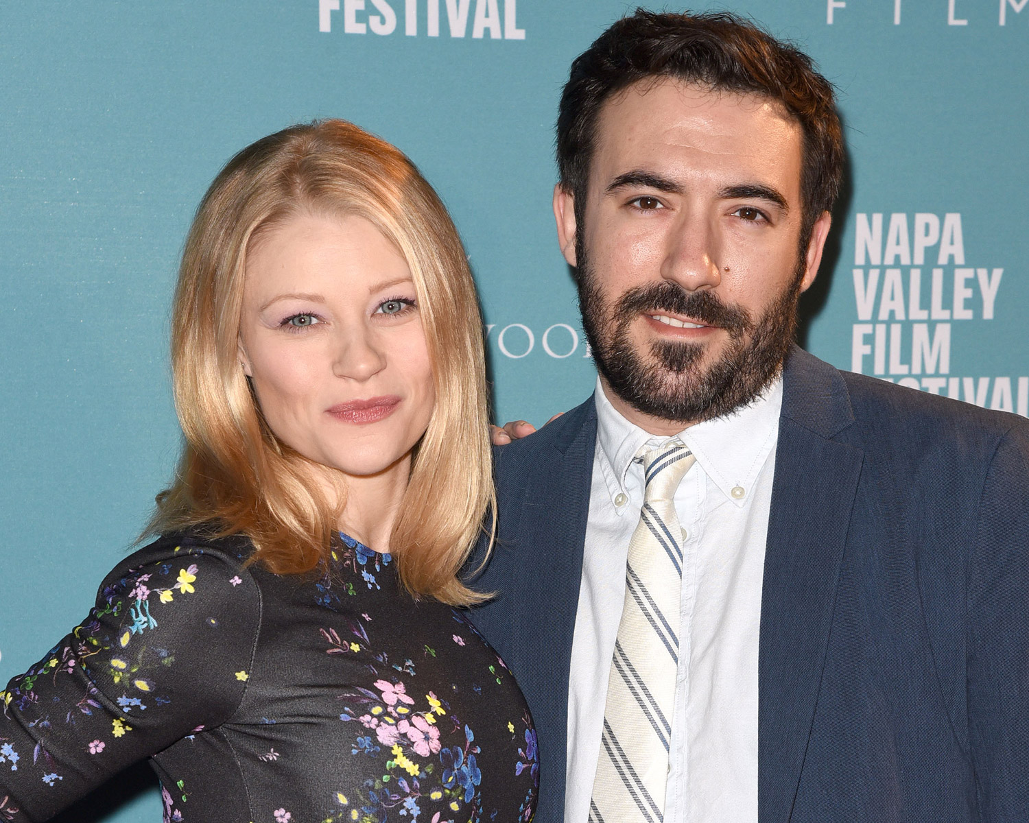 Emilie De Ravin Is Engaged To Eric Bilitch Ring Photo