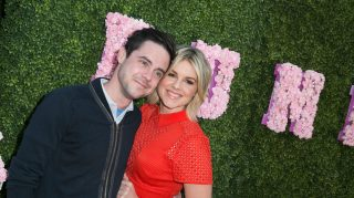 Ali Fedotowsky wedding dress shopping