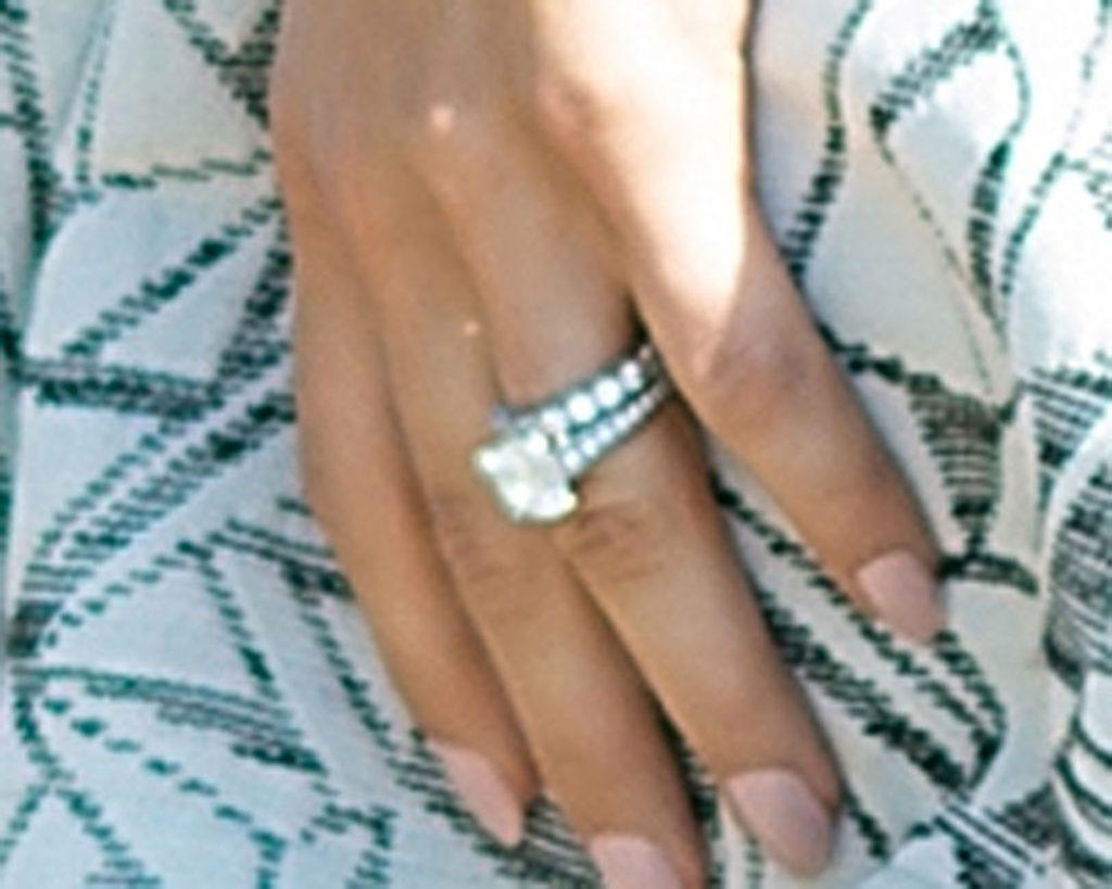 Hannah Davis Debuts Wedding Band After Marrying Derek Jeter. Americus Diamond Engagement Rings. Rectangular Wedding Rings. Baguette Rings. Country Engagement Engagement Rings. Snowflake Engagement Rings. Green Tourmaline Rings. Stars Engagement Rings. 2.3 Carat Wedding Rings