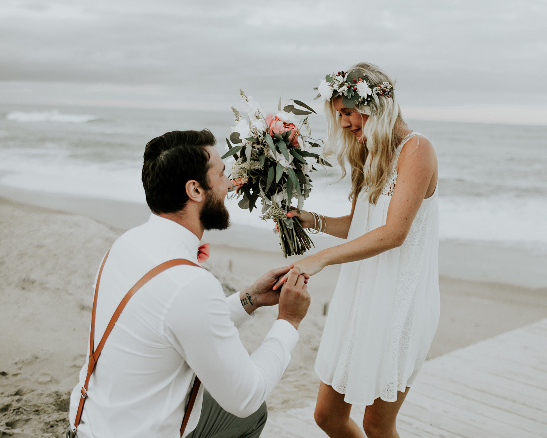bride bouquet toss bridesmaid