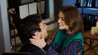 Aria Ezra Pretty Little Liars Engagement