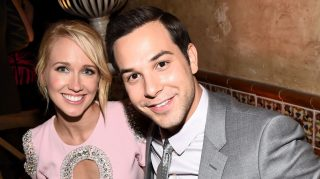 Anna Camp Skylar Astin wedding