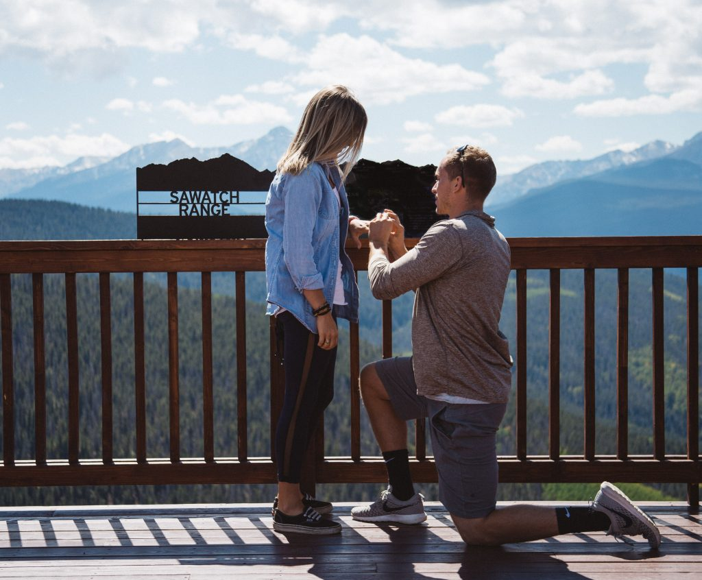 This Couple Surprised Each Other By Proposing at the Exact Same Time, in the Exact Same Way