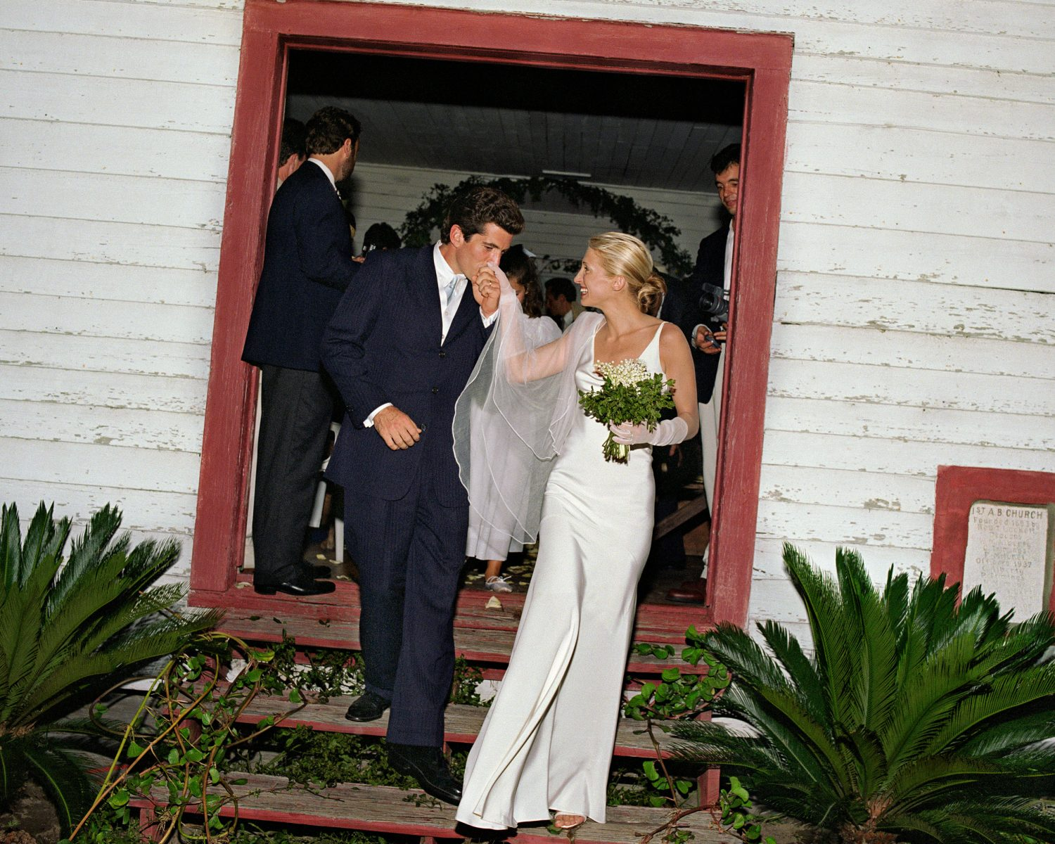 Jfk Jr And Carolyn Bessette S Wedding Photographer Looks Back 20