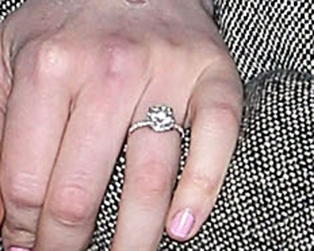 Laura Prepon Is Engaged to Ben Foster: Ring Photo