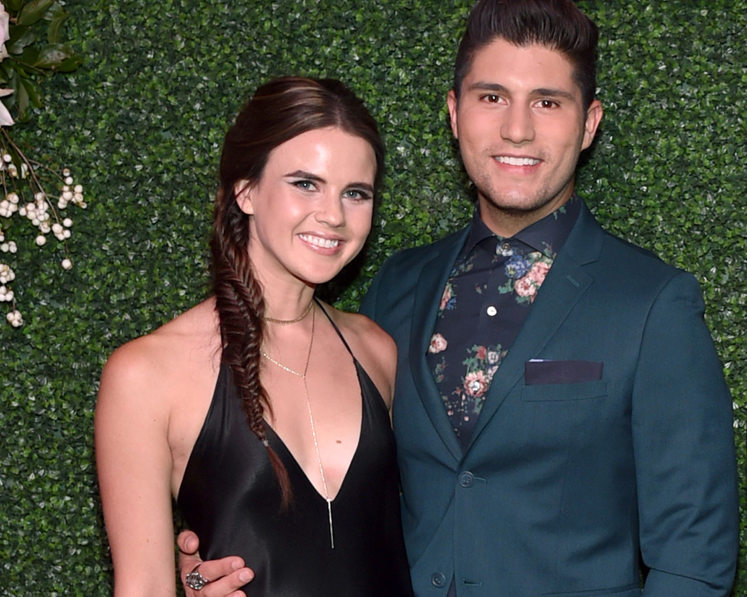 Dan Shay S Dan Smyers Is Engaged To Abby Law
