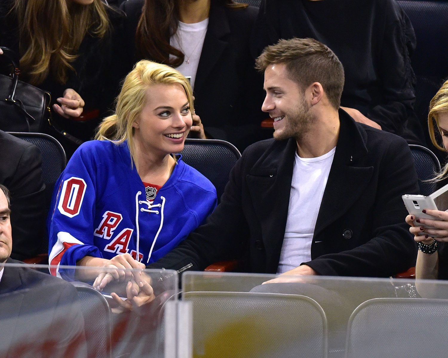 Margot Robbie Secretly Marries Tom Ackerley In Australia