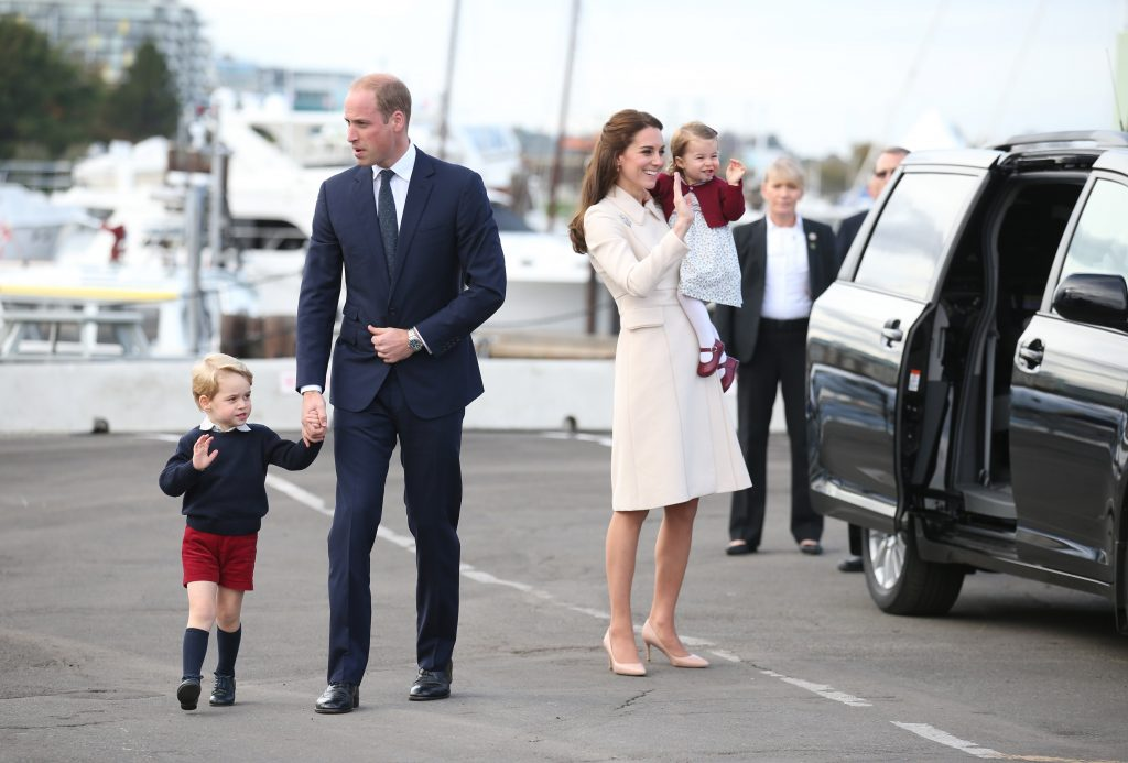 VICTORIA, BC - OCTOBER 01: Prince William, Duke of Cambridge, Prince George of Cambridge, Catherine, Duchess of Cambridge and Princess Charlotte leave from Victoria Harbour to board a sea-plane on the final day of their Royal Tour of Canada on October 1, 2016 in Victoria, Canada. The Royal couple along with their Children Prince George of Cambridge and Princess Charlotte are visiting Canada as part of an eight day visit to the country taking in areas such as Bella Bella, Whitehorse and Kelowna (Photo by Andrew Milligan - Pool/Getty Images)
