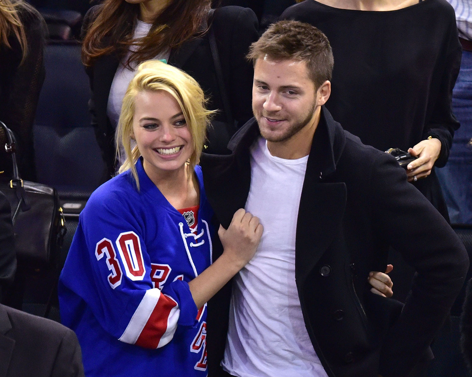 Colors For 2017 Fashion Margot Robbie Confirms Tom Ackerley Marriage With Ring Photo