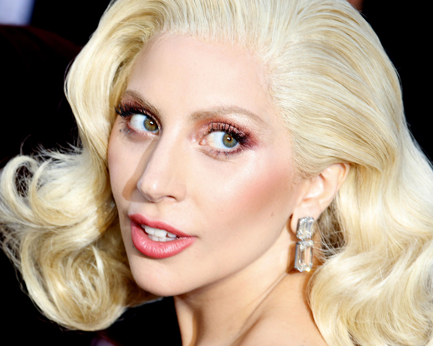 Lady Gaga Is The New Face Of Tiffany Amp Co Super Bowl Ad