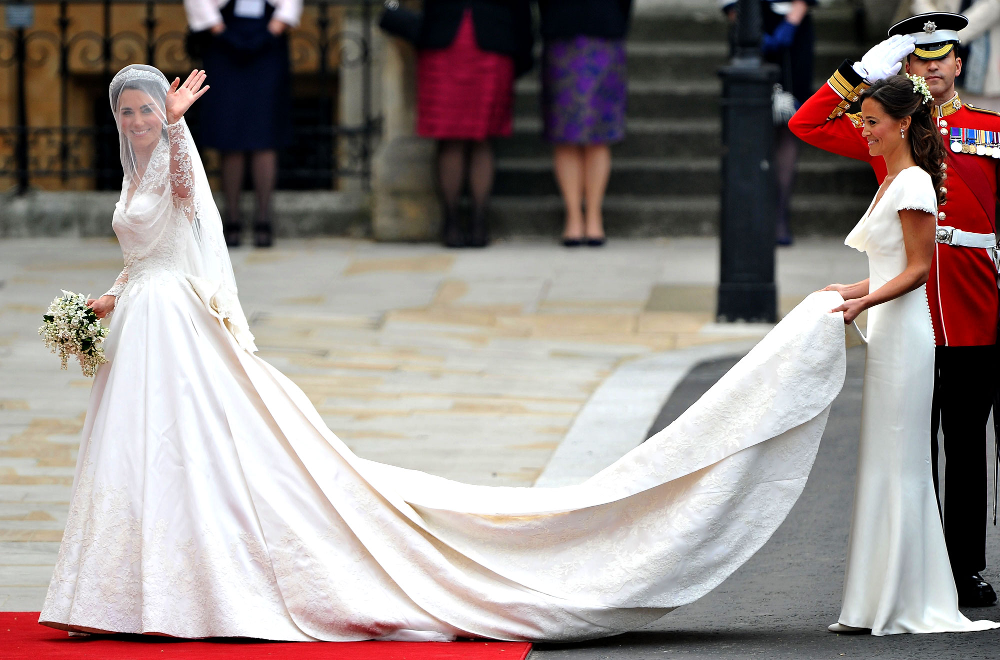 Duchess Kate And Pippa Middleton Were Bridesmaids In A