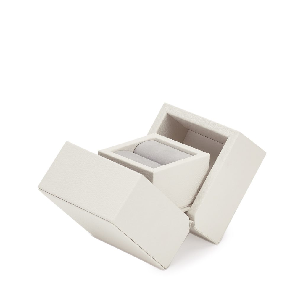fifty shades christian grey used a 215 ring box to propose photo courtesy of smythson