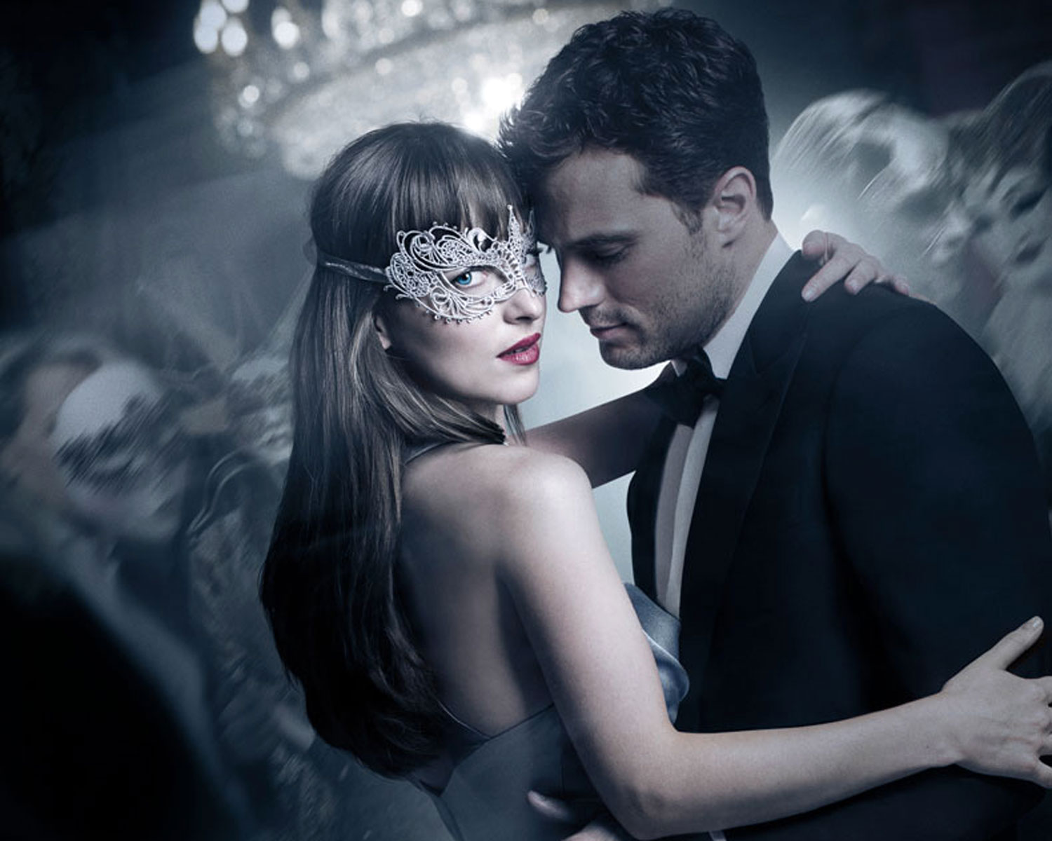 fifty shades christian grey used a 215 ring box to propose fifty shades darker