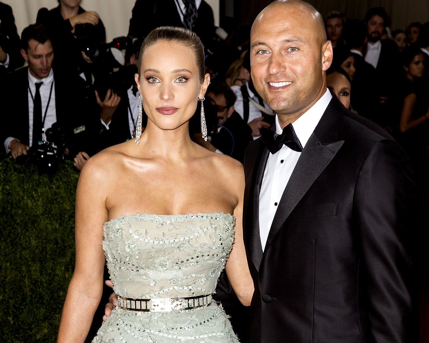 Colors For 2017 Fashion Derek Jeter S Wife Hannah Davis Announces Pregnancy In